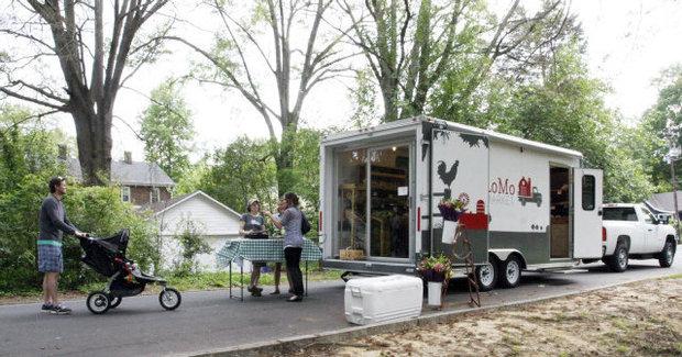LoMo Market Trailer and Truck